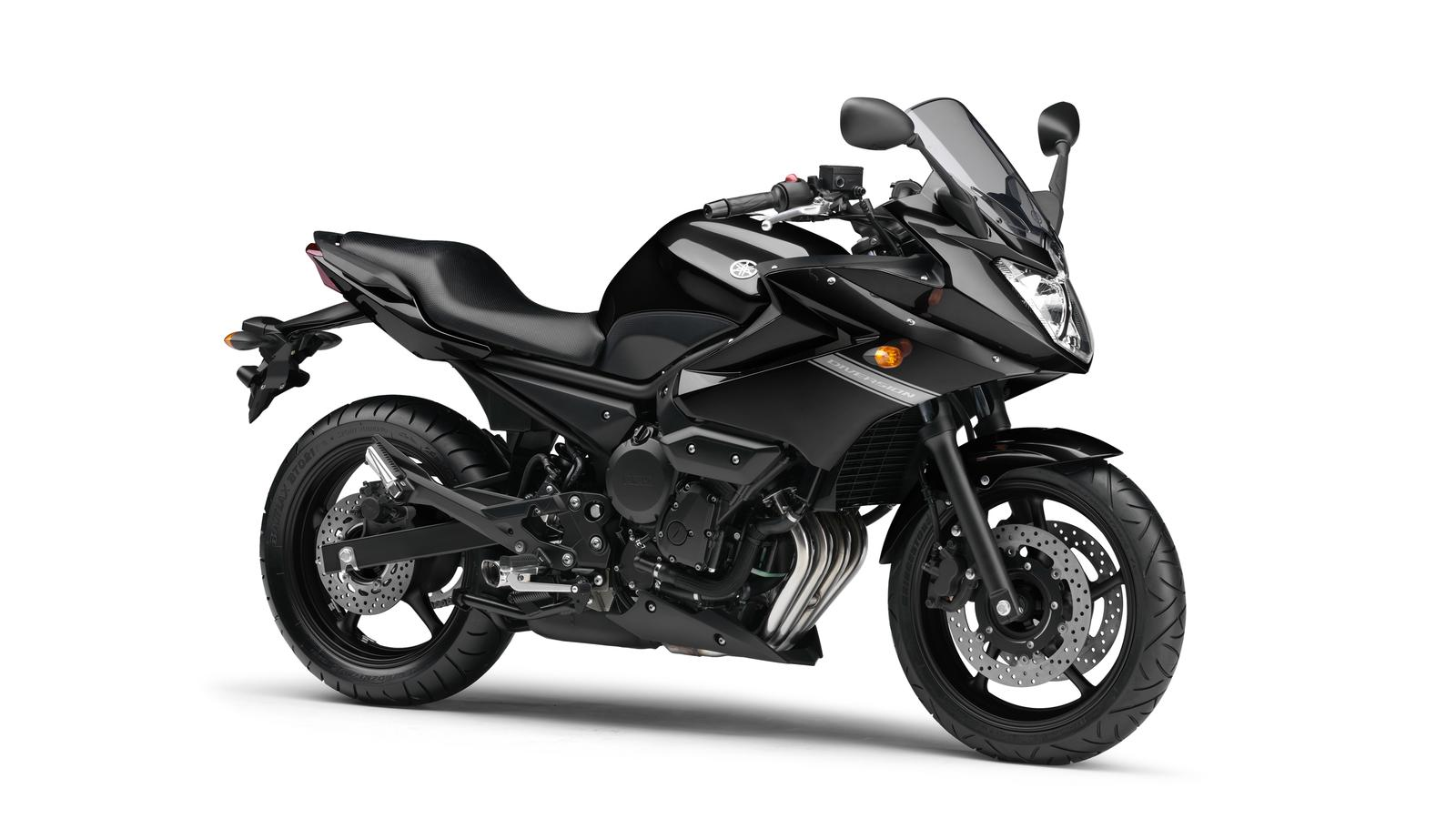 2010 Yamaha XJ6 Diversion EU Midnight Black Studio 001