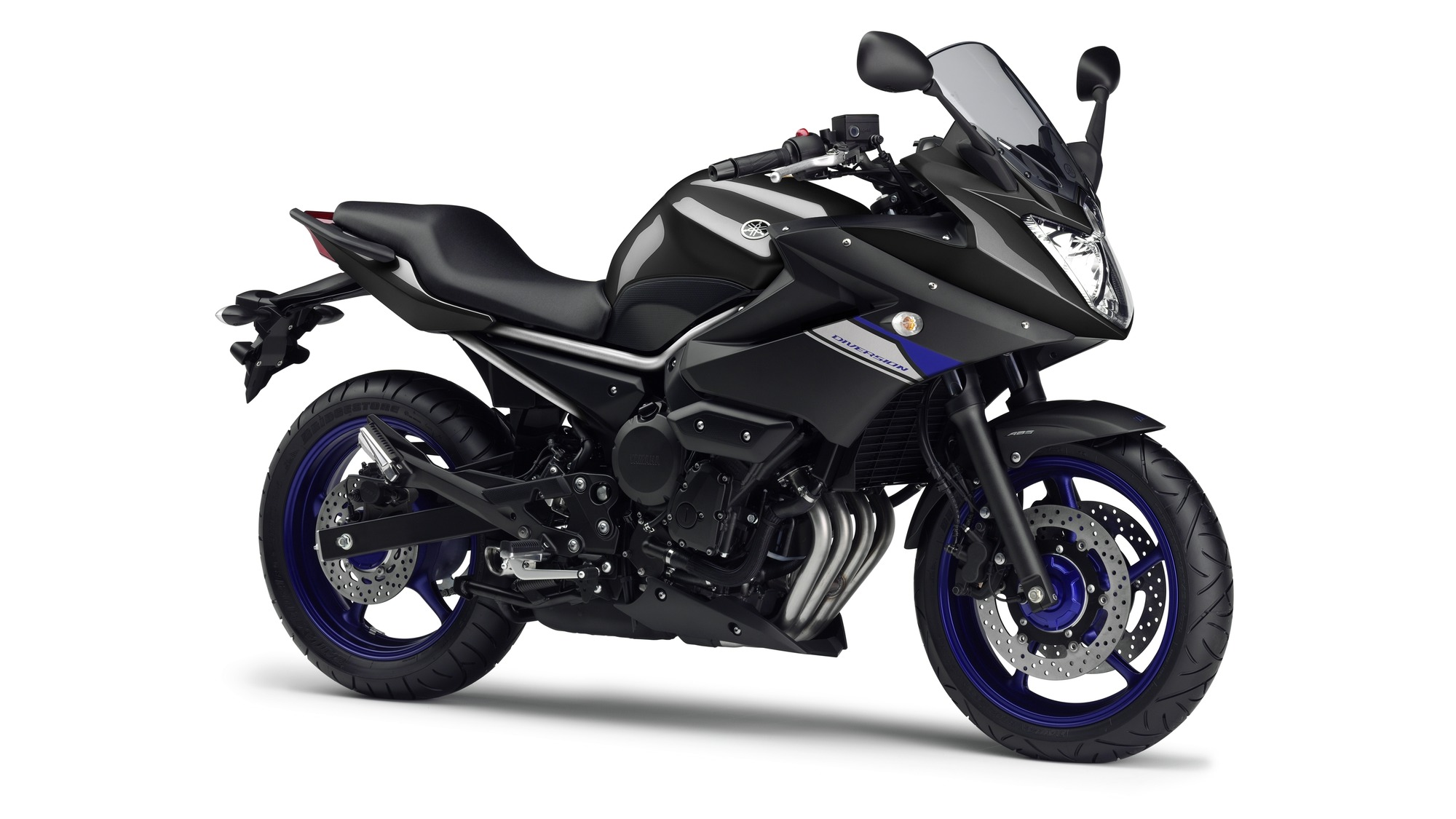 2014 Yamaha XJ6 Diversion EU Race Blu Studio 001